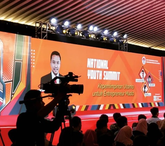 Dekan FSH Hadiri National Youth Summit 2019 Kemenpora RI